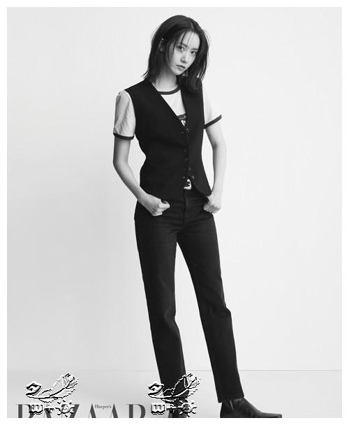 少女时代林允儿突破黑白的魅力,第一次看到这样的样子