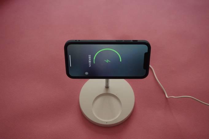 强力吸附,还原裸机效果-ESR亿色悦色磁吸手机壳试玩