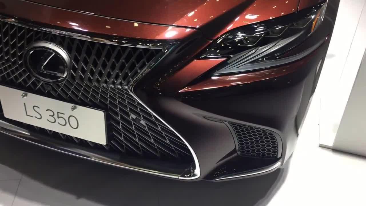 视频:国际车展终于见到实车,豪华3.0LV6缸车长5.2米雷克萨斯LS