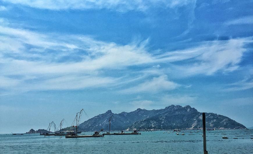 """这里被誉为""""闽东北戴河"""",游客来此大多都喜欢租船出海捕鱼!"""