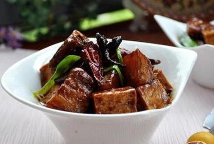 爷爷做了大半辈子5道红烧肉,连吃3天吃不够,比饭店好吃几条街