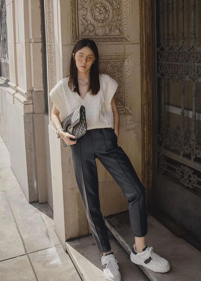 这6双仙女鞋+烟管裤=春季最气质养眼的混搭套路