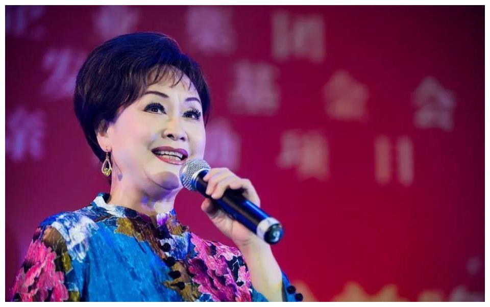李谷一丈夫去世,因不生育与她离婚的金铁霖,如今怎么样了?