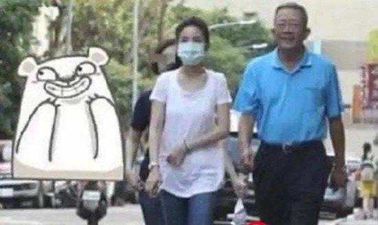 """林依晨送公公上班图引猜疑 本尊发文回应""""我不卑微他也不渣"""""""