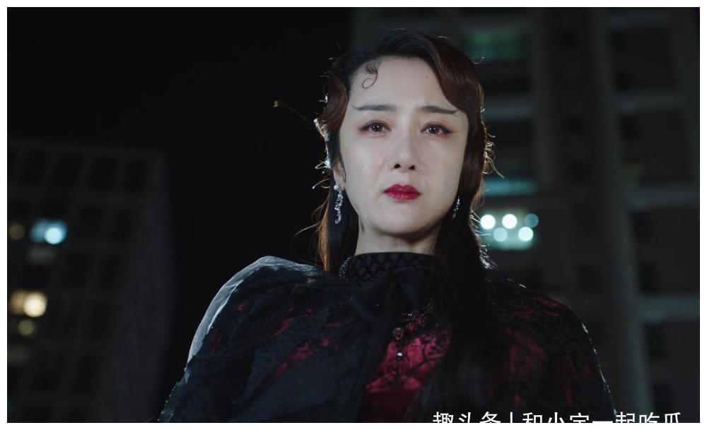 """李依晓,她是《司藤》中的""""白英"""",也被观众誉为""""古装美女"""""""