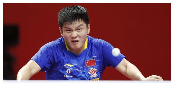 樊振东轰然倒下,黑马爆冷夺冠,连胜马龙+世界第1
