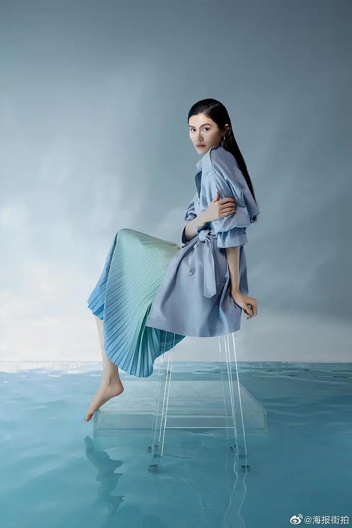国际超模何穗气质优雅时尚潮流美女写真