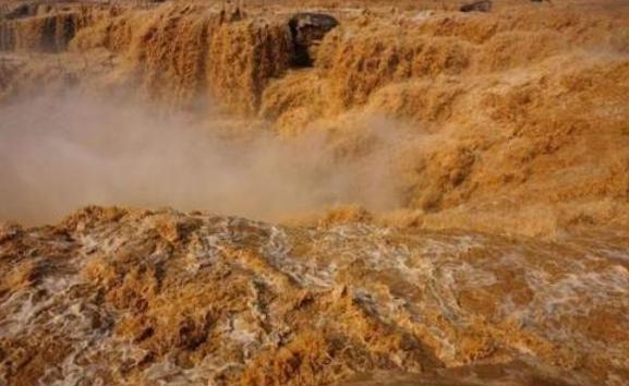 关于长江黄河的诗句_黄河的源头被找到,仅有碗口大小,为何不能让任何人靠近 ...