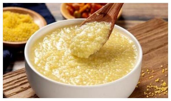 喝小米粥好处多,别直接下锅煮,掌握3个技巧,香浓粘稠,米油厚