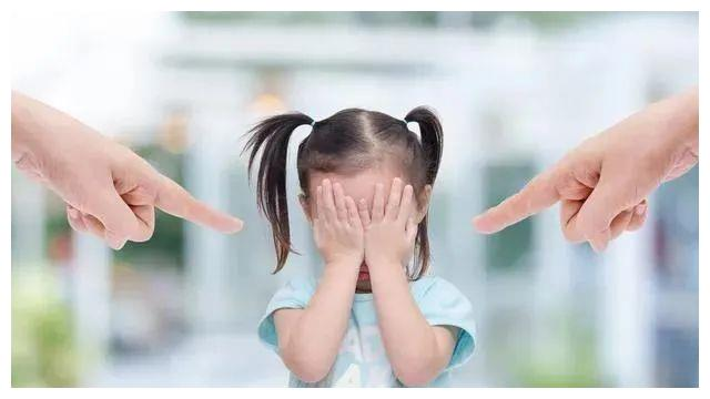 钙尔奇DHA藻油育儿提醒你:孩子语言爆发期,家长该如何把握?