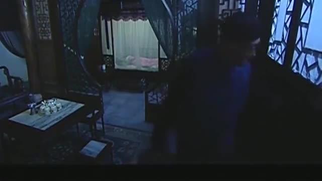 管家给二奶奶送宵夜,不料听到二奶奶的话,果断把门关上!