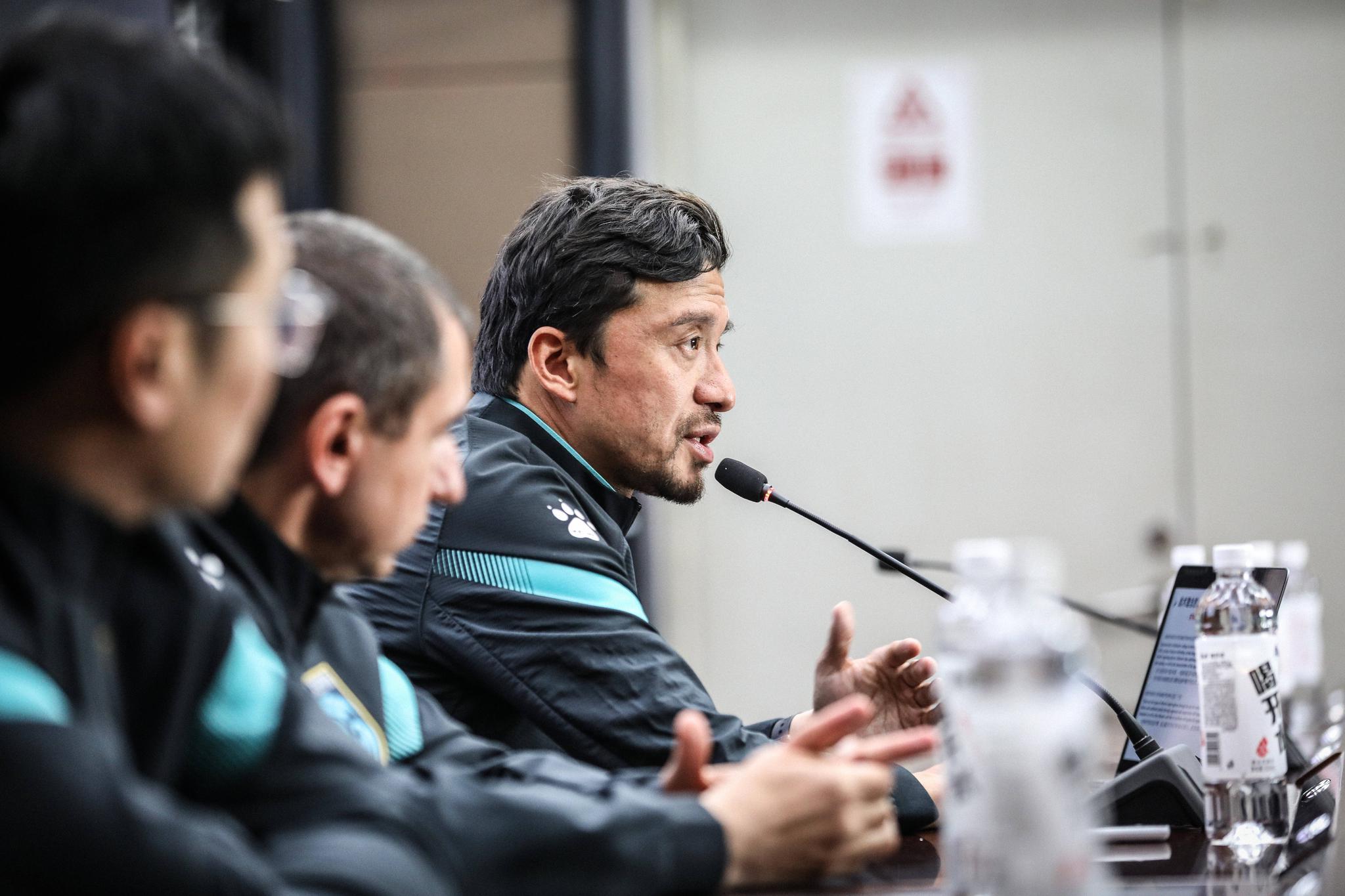 南通支云足球俱乐部一线队在如皋大本营召开了2021赛季动员大会