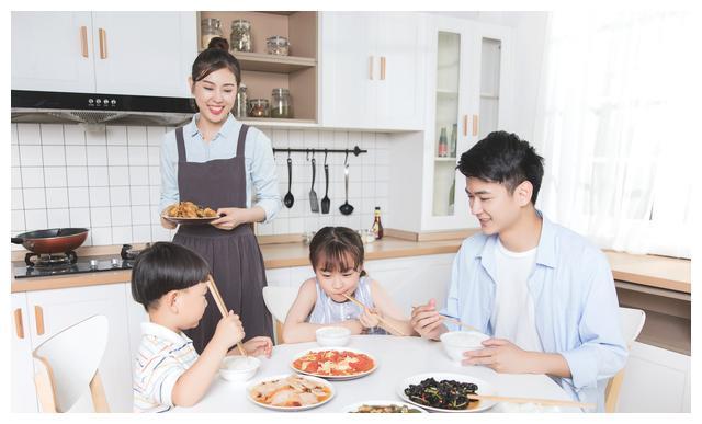 清华妈妈的十条家规,家长直接使用规范孩子的行为,效果立马可见