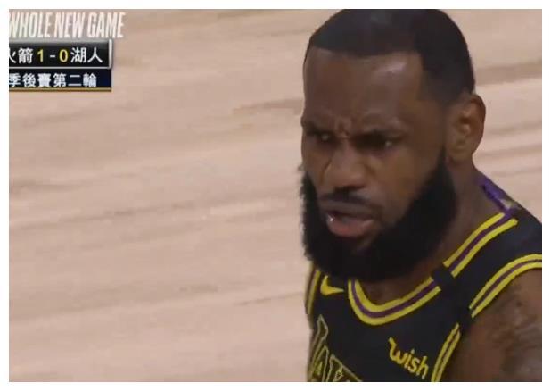 NBA季后赛巅峰一战已经开打了,这边詹姆斯带领着他的球队对上了西部豪强