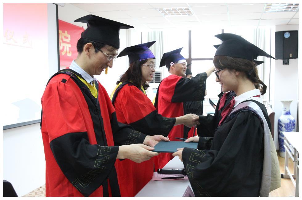 """大学生毕业出现""""拦路虎"""",混日子的同学注意了,22年或将实施"""