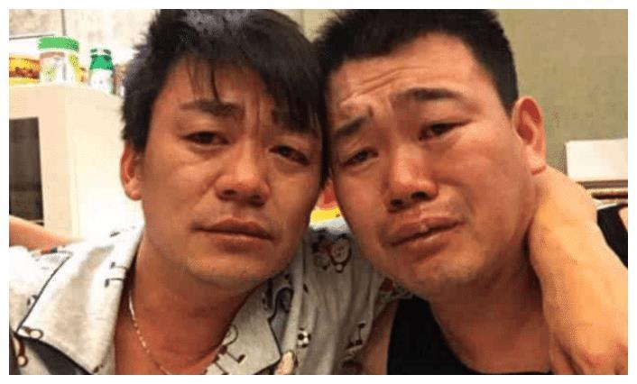 王宝强胞弟意外离世,深夜和哥哥发文悼念,情到深处泣不成声