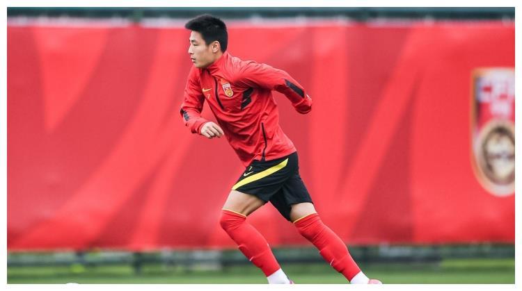 米卢依然关心中国足球:李铁失误导致被马尔代夫破门,武磊很出色