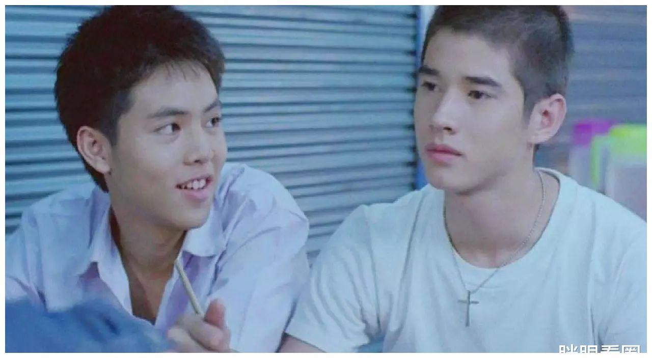 这次他跟蔡卓妍拍了部爱情片