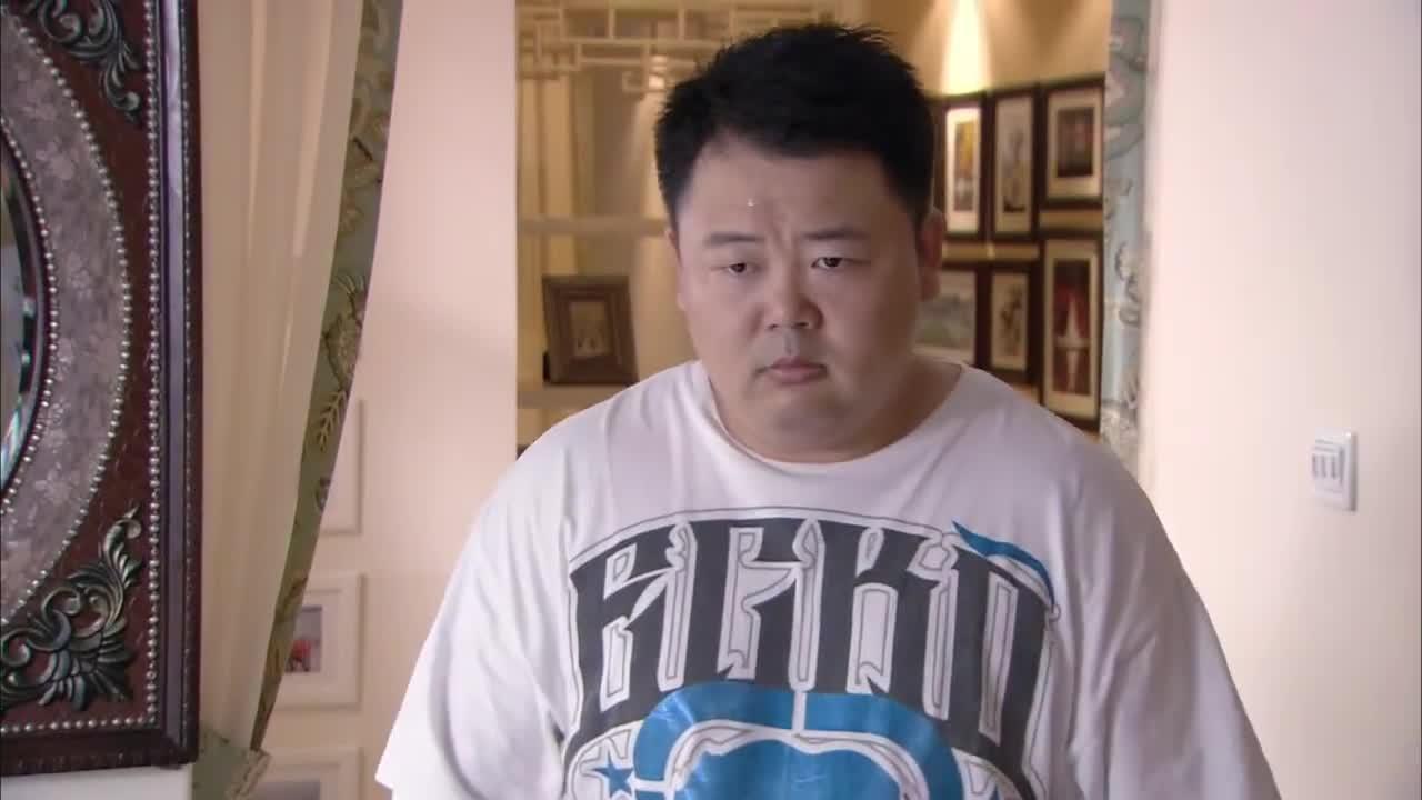 小北两人害的王媛生气,根本不理胖子,胖子气的想打人