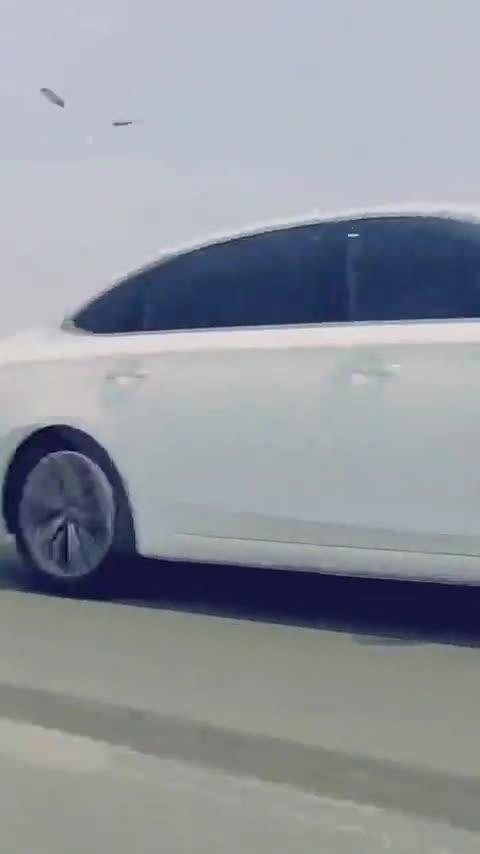 视频:荣威i6max,简单改改,最靓的仔