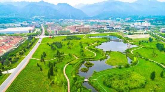 陕西度假游首选这里:自然风光、温泉康养胜地——太白山