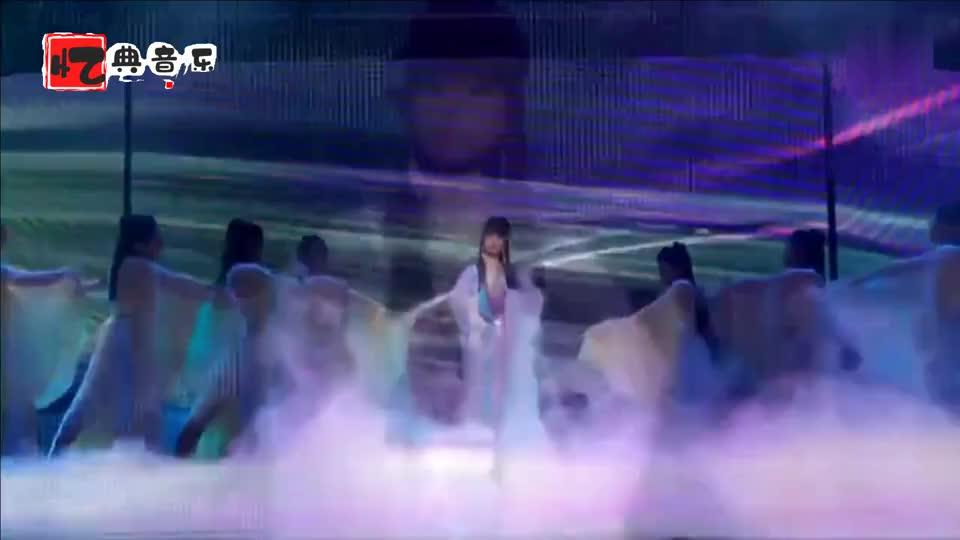 越南翻唱经典金曲《昨日重现》,开口忘记原唱,唱得太好听了!
