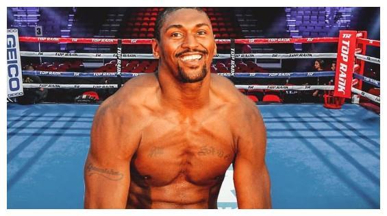 内特罗宾逊被KO后,又一NBA球星宣布参加拳击赛,哈登瑟瑟发抖