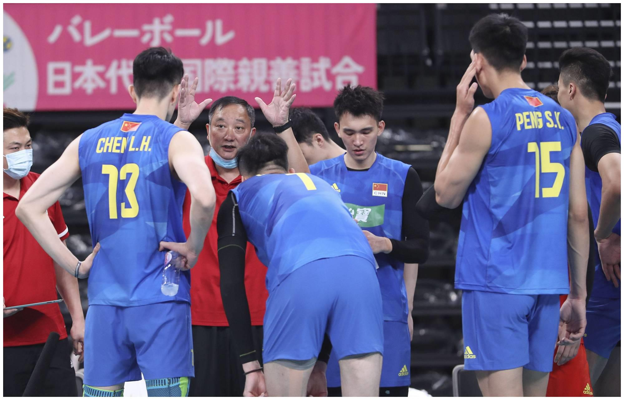 中国男排人员调整,张景胤受伤离队江川回归,力拼世锦赛名额