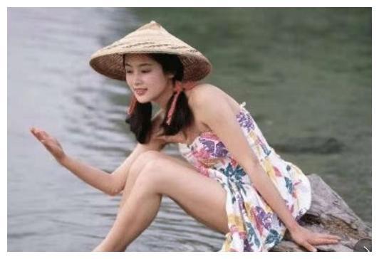 27年前陈红的剧照曝光,最后一张辣眼睛!陈凯歌看到会怎么想?