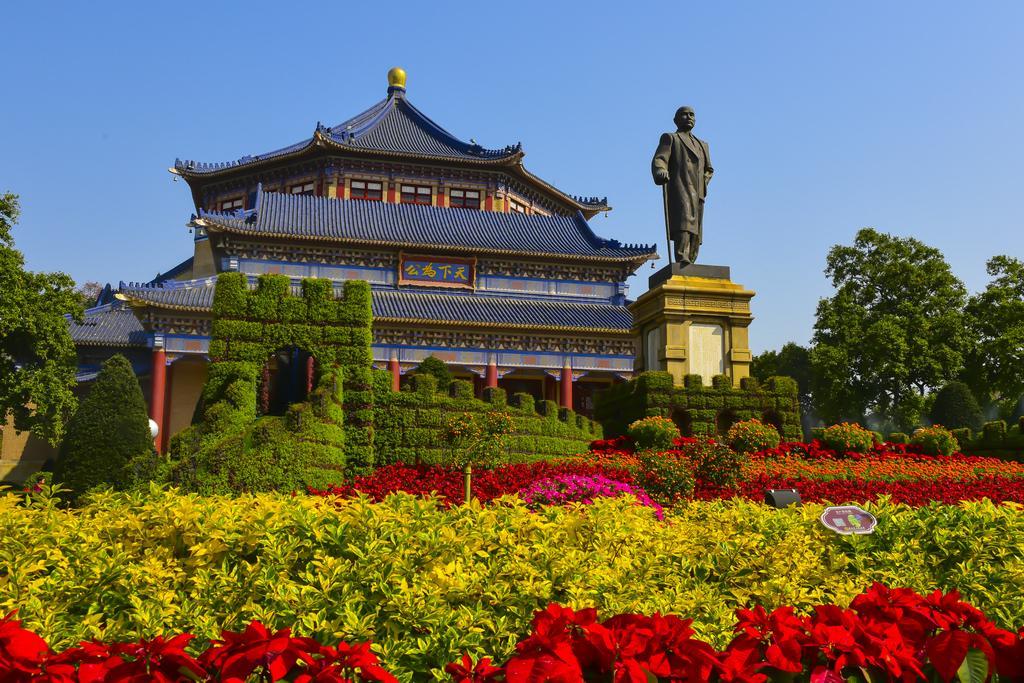 """广州适合春游的公园,坐拥""""最美木棉王"""",现已开花不要错过"""