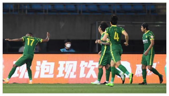 申花掉队+京穗2连胜后施压海港泰山,中超还是传统4强的天下?