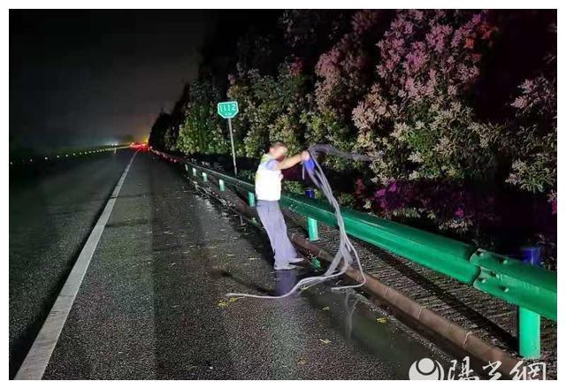 咸阳市高交大队:安全无小事 责任重如山