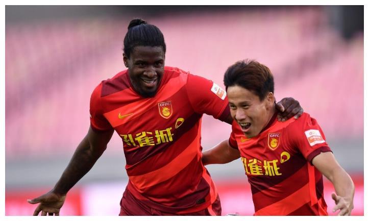 上海申花遇到硬茬,韩国老乡险送崔康熙赛季首败,战术完全被压制