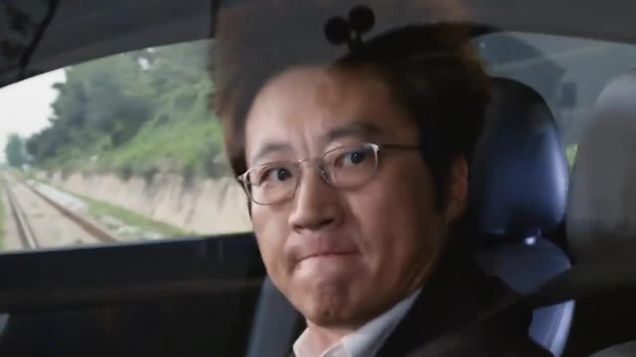 韩国电影:黑帮大哥发现自己有了普通人没有的能力之后