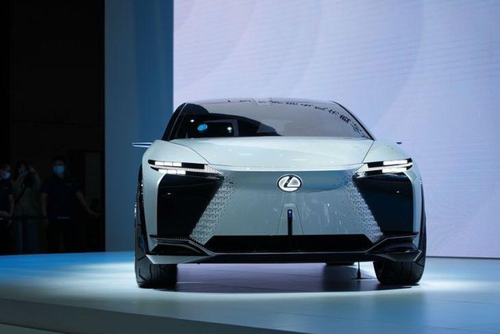 计划2022年8月前发布 雷克萨斯LF-Z纯电概念车将量产