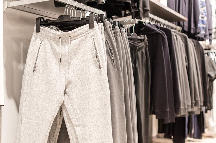 官方曝光:数百种服装不合格,致癌物超标危害大,潜伏期20年