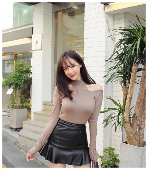 韩国嫩模金惠美:不知道为什么,我们的距离越来越远了!