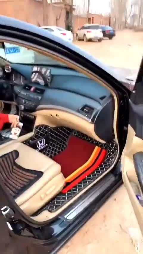 视频:八代雅阁全包围汽车脚垫多种颜色可以选择
