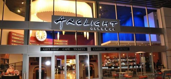 受美国疫情影响弧光影院和太平洋影院部分影院永久关闭