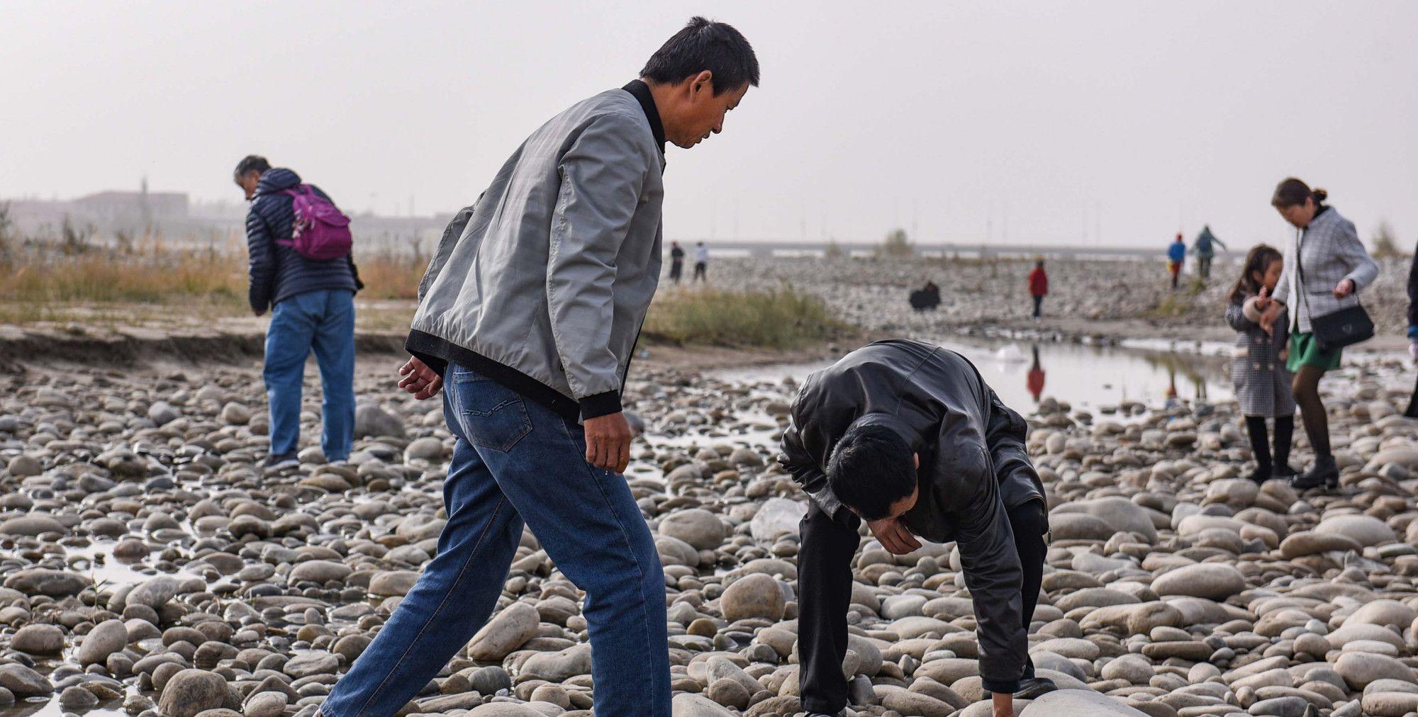 图片说故事:新疆和田人的淘宝生活,捡到一枚一夜暴富