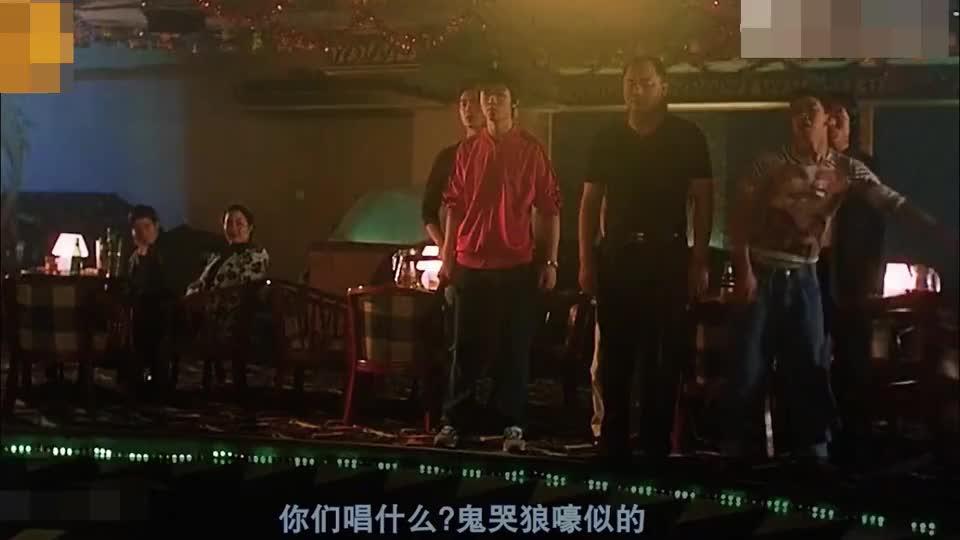 """何文辉-曾被周星驰力捧,甘当绿叶""""卖丑"""",如今却没落好下场!"""
