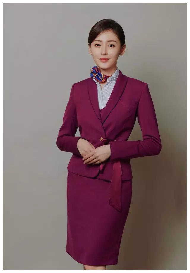 八大女星職業裝PK,劉亦菲A爆劉濤冷艷,張天愛堪稱空姐代言人