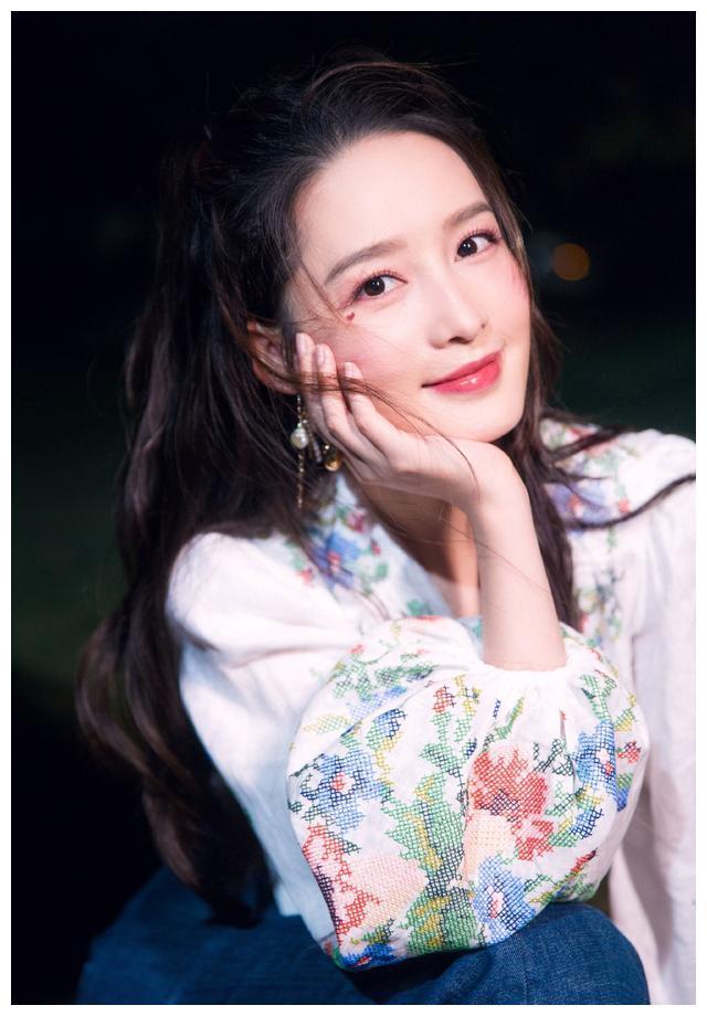 """""""90后""""美女明星:李沁,杨紫,李一桐,陈钰琪,菅纫姿"""