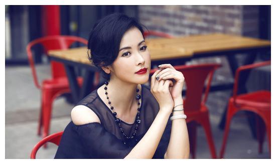 智慧、忠贞、侠女肝胆一生,杨明娜用角色告诉了我们她的故事!