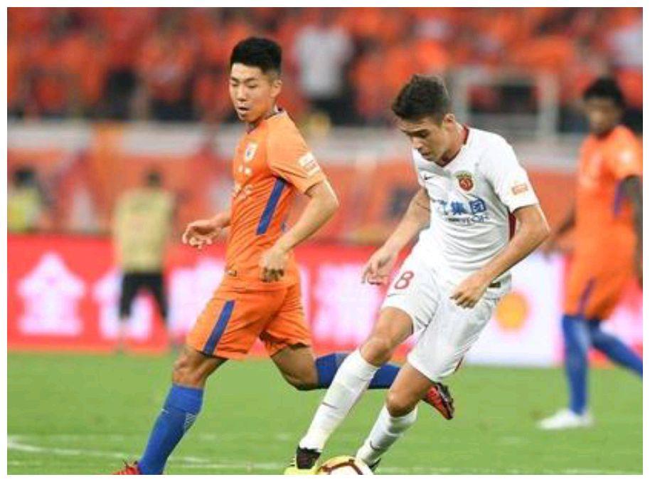 山东鲁能0:5惨败上海上港,新赛季前景令人堪忧