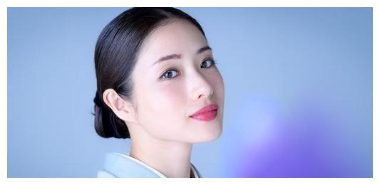 石原里美、深田恭子、绫濑遥越成熟越有魅力