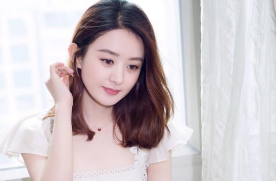 离婚后被曝相亲,冯绍峰发文:热血启航,赵丽颖发文引网友力挺!