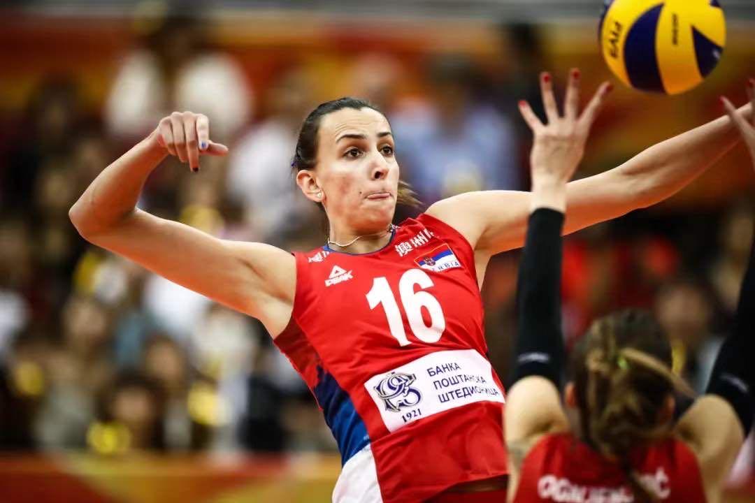 米莱娜·拉西奇