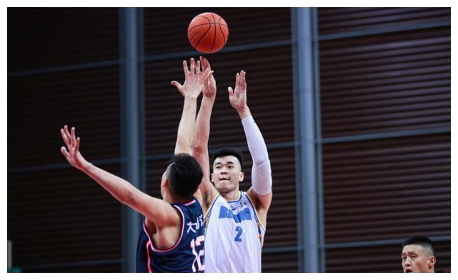 主力尽出仍被残阵广东横扫,北京男篮要想争冠还缺些什么?