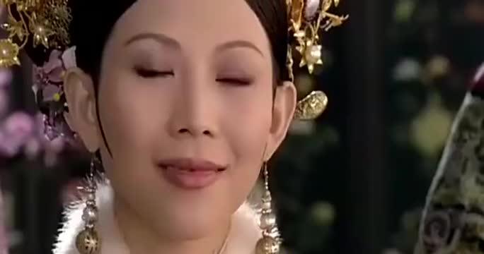 甄嬛传:同样是维护皇后,甄嬛怼的华妃不吭声,陵容却被完虐